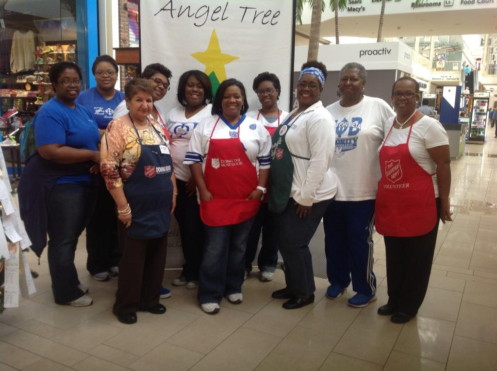 Zeta Phi Beta working Angel Tree at Hulen Mall