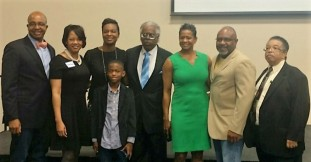 Tonya Veasey (3rd from right) and members of the Metropolitan Black Chamber of Commerce