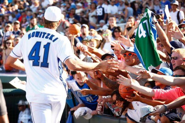 Dirk Baseball 2